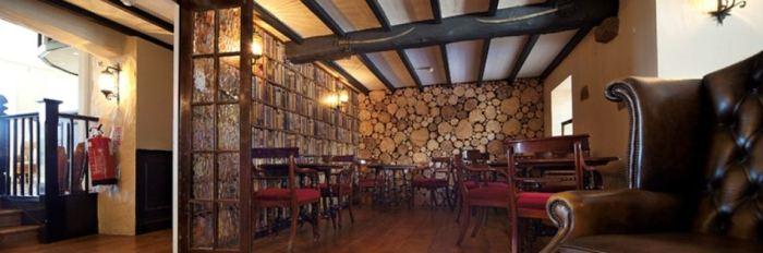Les Douvres Hotel & Restaurant