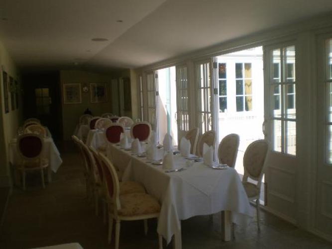 Dixcart Bay Hotel